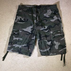 CSG Camo cargo shorts with draw string size 38